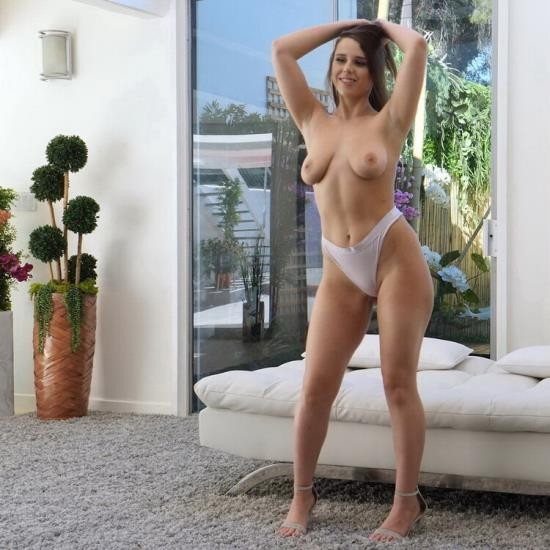CastingCouch-HD - Ava - She Was Ready To Go (FullHD/1080p/3.10 GB)